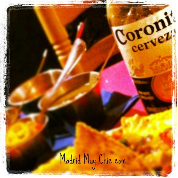 Tex Mex Coronita y nachos
