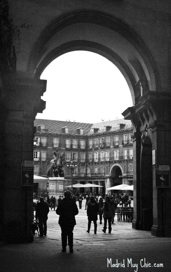 Finalizamos en la Plaza Mayor, qué de historias tiene qué contar...