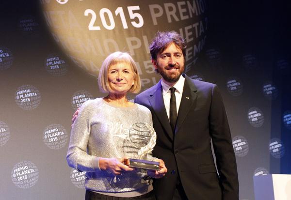 Bartlett y Sánchez Arévalo, ganadora y finalista del Premio Planeta 2015.