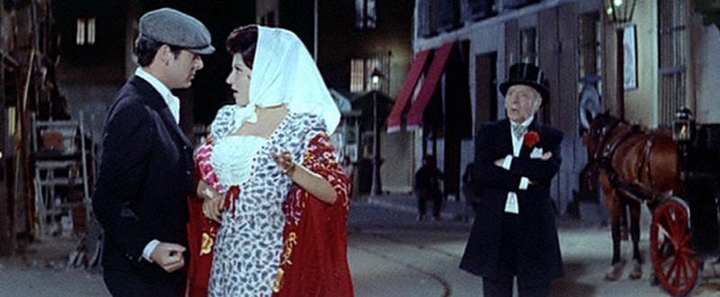 """Escena de la película """"La Verbena de la Paloma"""" (1963), con Concha Velasco y Vicente Parra"""
