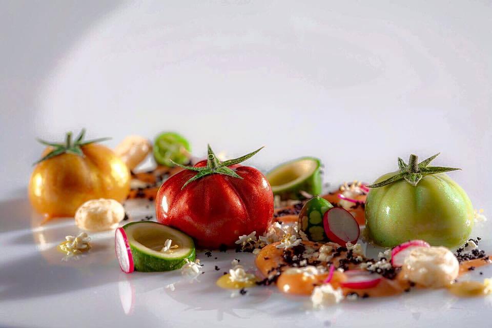 Los famosos tomates nitro creación del chef