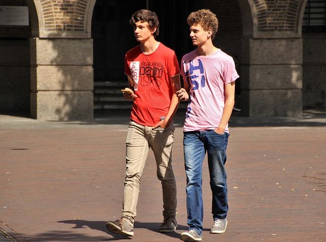 Cada año, cientos de jóvenes eligen España como destino para estudiar