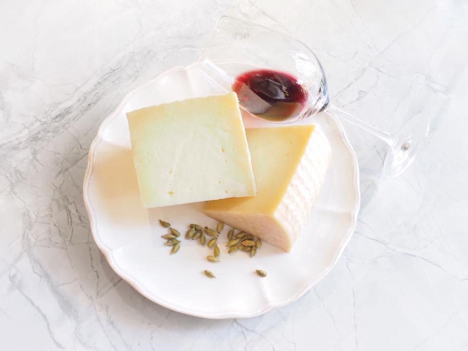 mmc-gigi-quesos