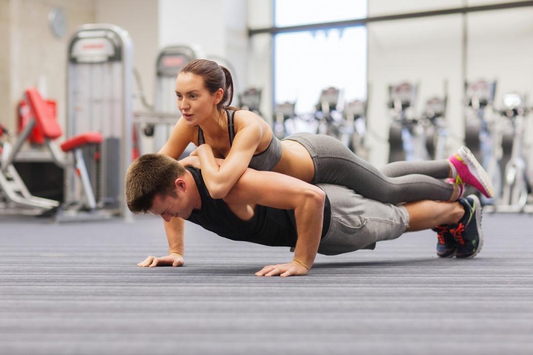 Dos razones, la física y la psicológica, más que destacadas para tomarnos en serio los beneficios de entrenar junto a nuestra pareja.
